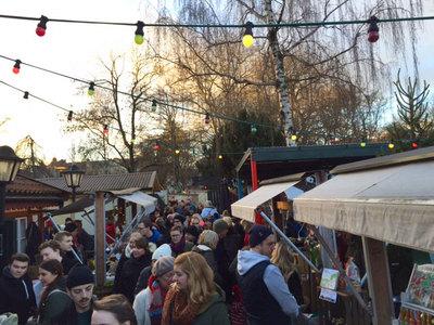 Foto från Julmarknad på Far i Hatten