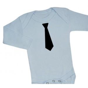 Bekväma finkläder för lillpojken