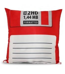 Kudde i form av en floppy-disk